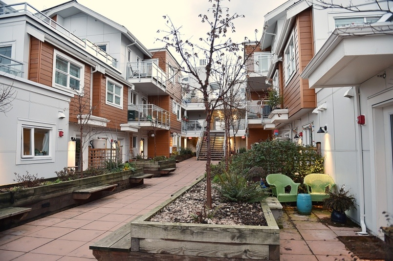 7members-of-vancouver-cohousing-who-moved-into-their-complex-at-the-end-of-february-in-2016-are-slo